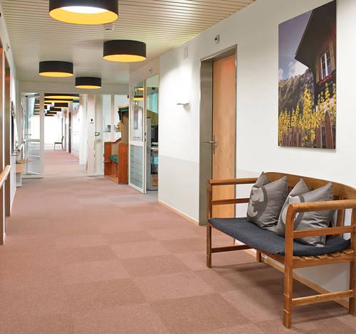 Alters- und Pflegeheim Risi Wattwil: Interior Design Pius Schäfler AG